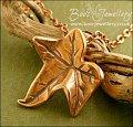 Naturalistic single ivy leaf pendant in pink bronze